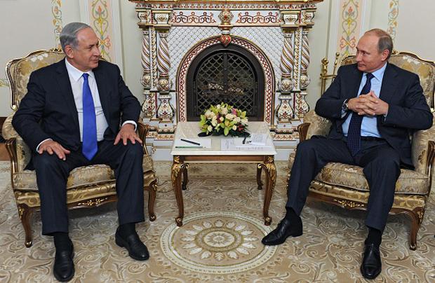 Russian President Vladimir Putin (R) meets with Israeli Prime Minister Benjamin Netanyahu on Sept. 21 at the Novo-Ogaryovo residence, outside Moscow.
