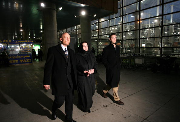 Christine Levinson (C) arrives in Tehran's Imam Khomeini airport with her son Daniel to meet with Iranian officials in December 2007, the year her husband Robert Levinson disappeared in Iran.