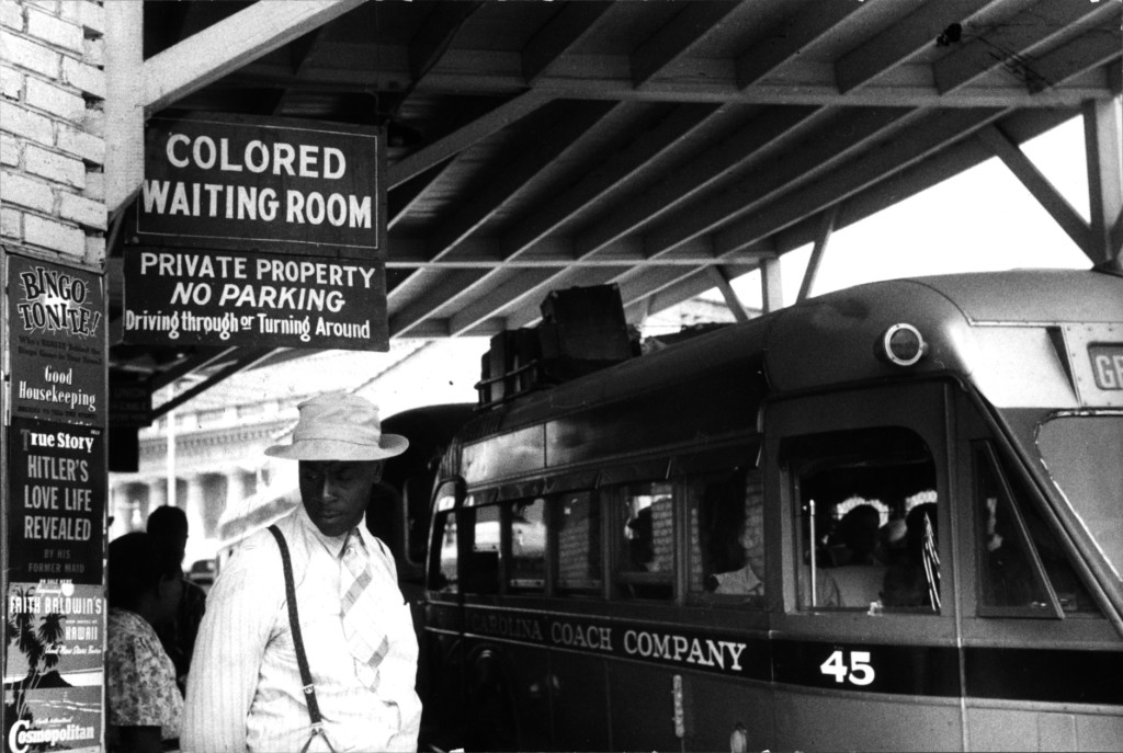 Bus station in Durham, North Carolina in 1940.