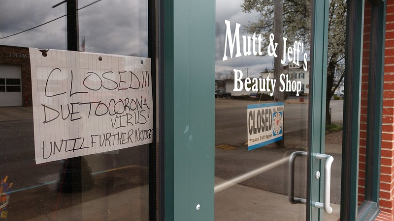 A beauty shop in Logan, Ohio announces they are closed due to coronavirus.