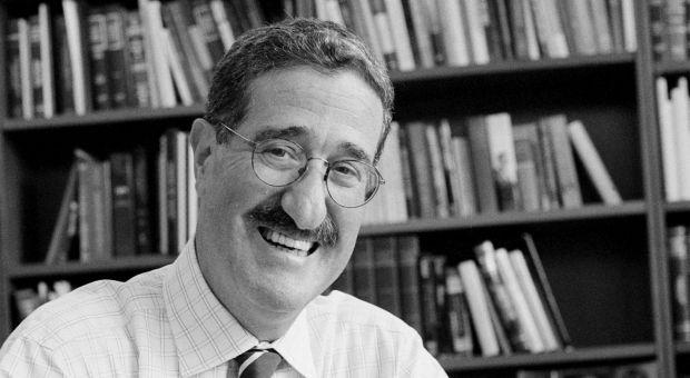 Author Robert Mnookin